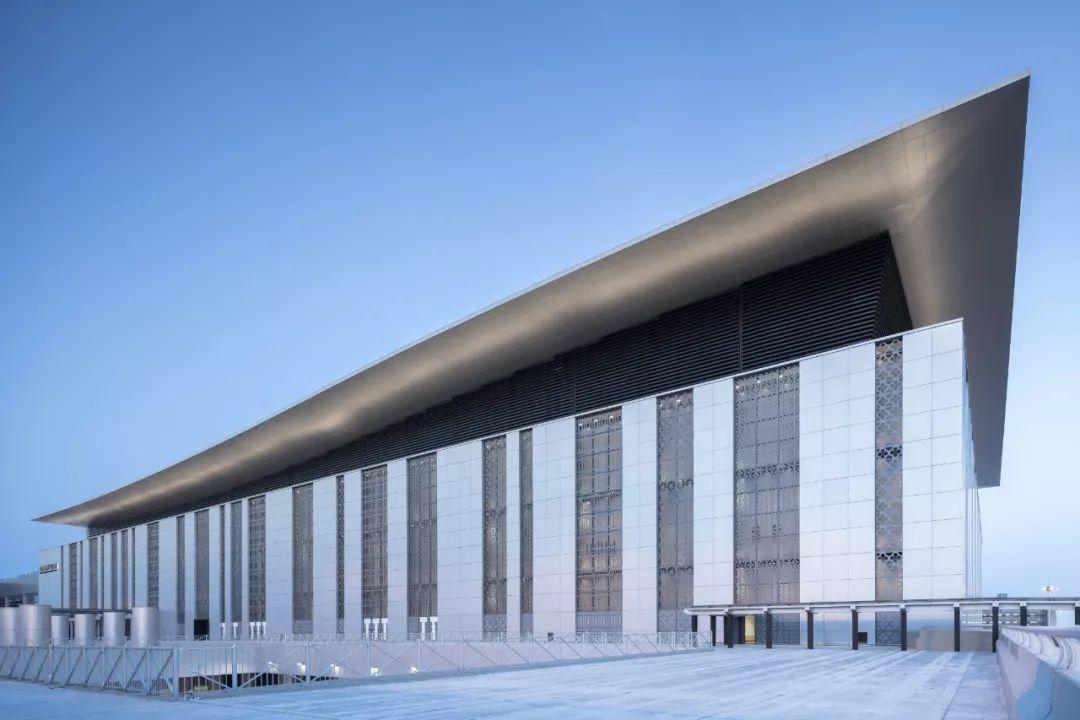 港珠澳大桥人工岛口岸工程 / 华建集团华东建筑设计研究总院