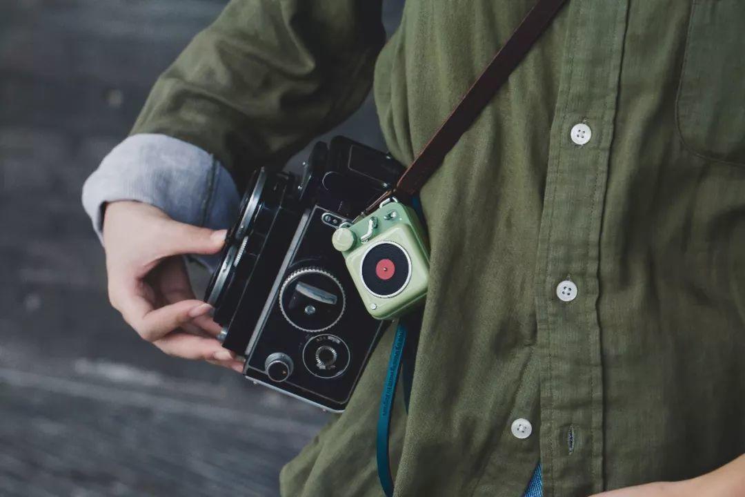 错买:刷爆朋友圈的听歌小尤物,复古高颜值,随时装进口-袋猫王原子唱机B612-BlueDotCC, 蓝点文化创意