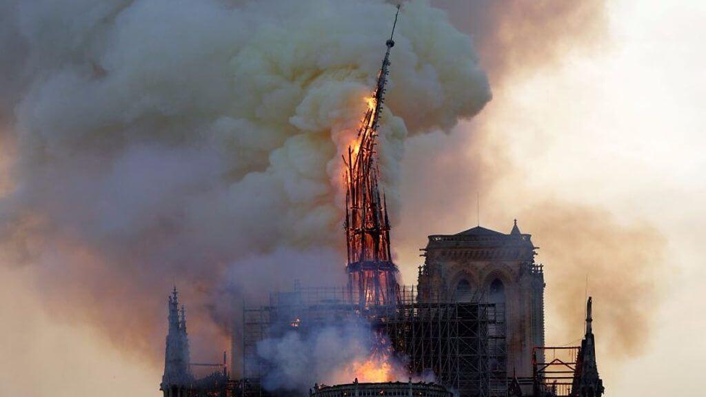 巴黎圣母院的火灾让人痛心,但教堂和每个人心中的重建都已经开始