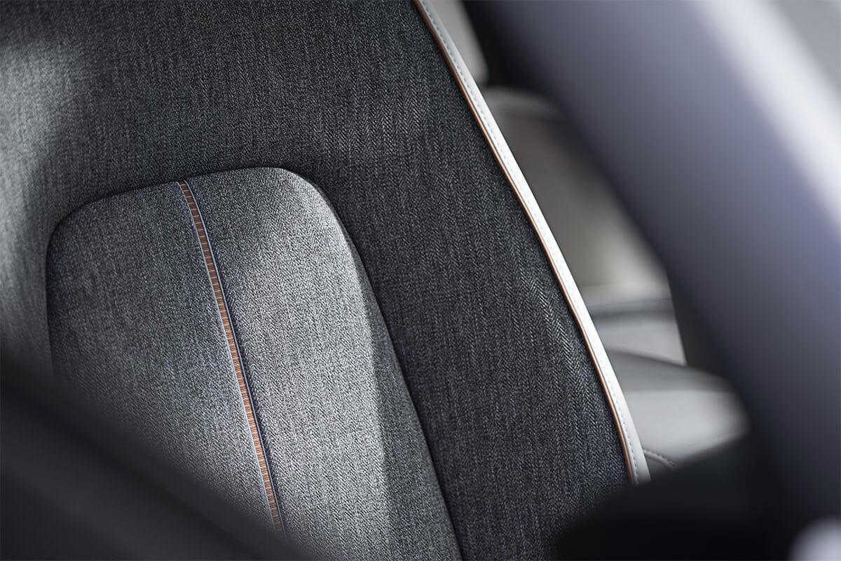 强调自然和环保,马自达首款量产纯电车型 MAZDA MX-30 亮相