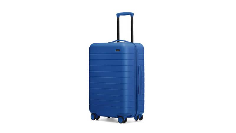 PANTONE 发布 2020 年的年度色:经典蓝