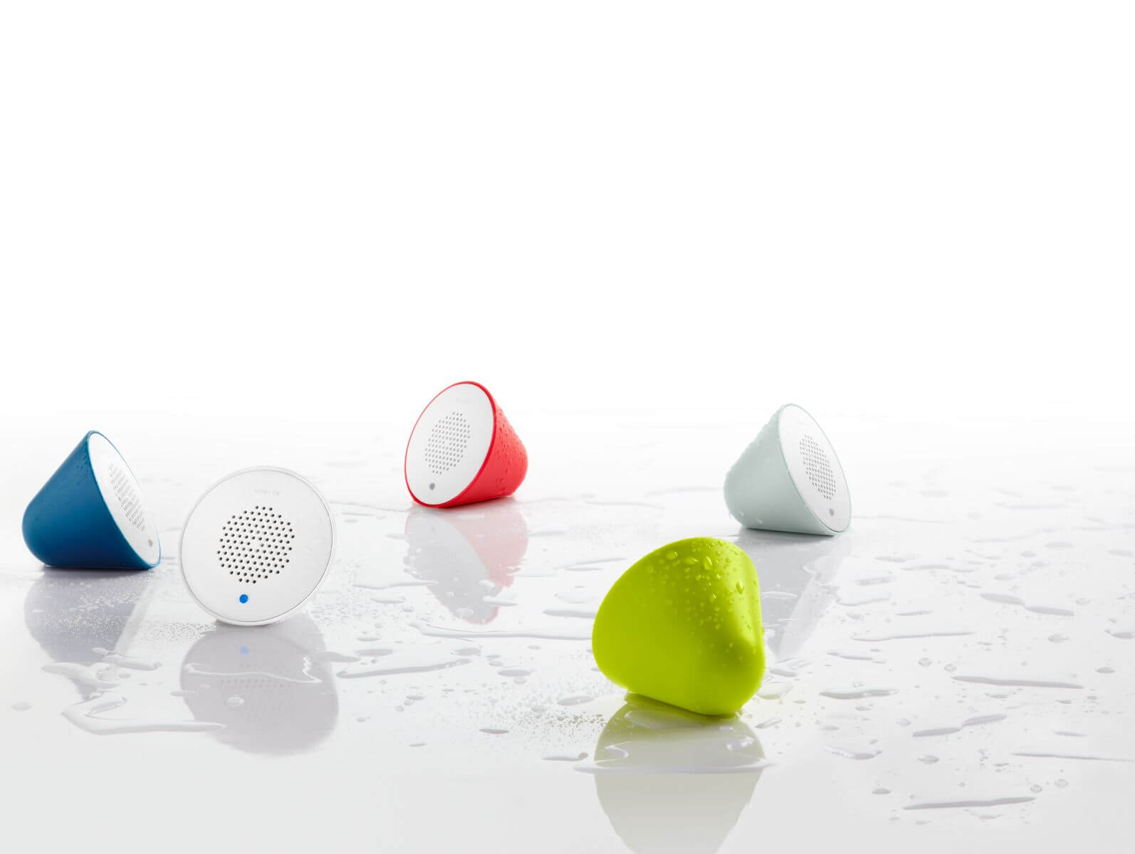 CES 2020:科勒发布带 Alexa 语音助手的新款莲蓬头